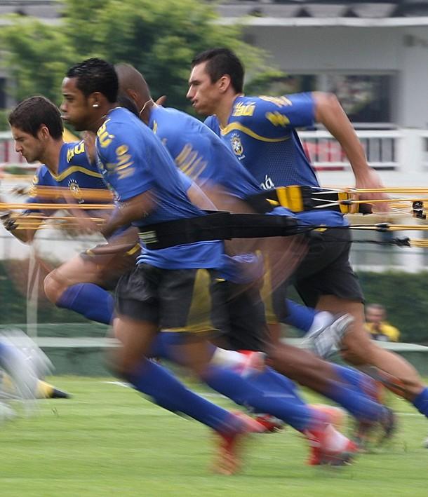 FBL-WC2010-BRAZIL-TRAINING