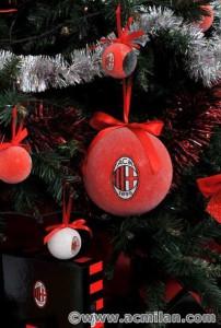 Merry-AC-Milan-Christmas-ac-milan-17934089-397-590