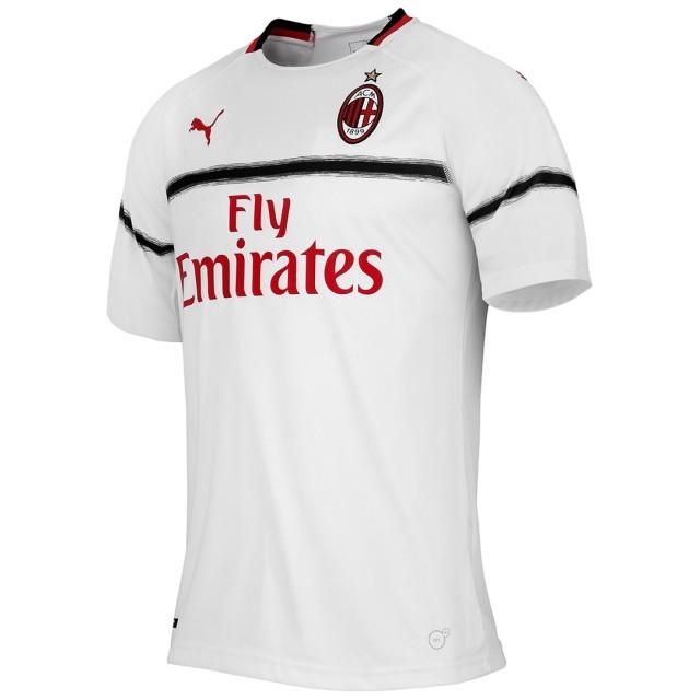 Выездная форма Милана сезон 2018-2019