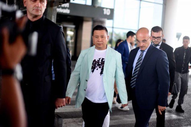 Йонхон Ли продаст Милан российскому бизнесмену
