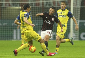 AC+Milan+v+AC+Chievo+Verona+Serie+L4Mtv_ma1-2l