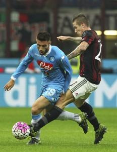 AC+Milan+v+SSC+Napoli+Serie+A+y5-V7_vuYYfl