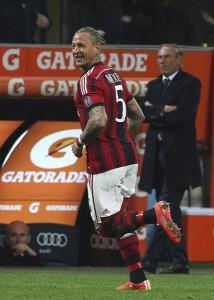 AC+Milan+v+Cagliari+Calcio+Serie+J8tIdAOIfuhl